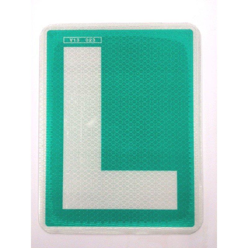 Placa L conductor novel homologada